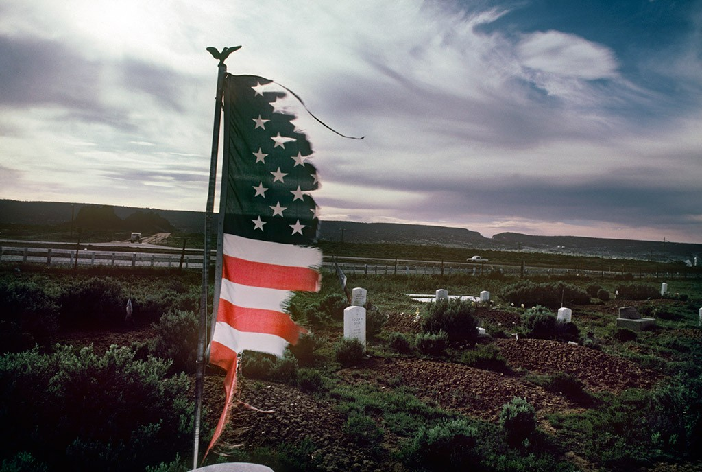 Navajo Reserve, AZ. May 6th to 13th, 1985. Navajo Veterans Cemetary in Fort Defiance, AZ. The soldiers from the Navajo Tribe that died in World War I, World War II, Korean and Vietnam war are burried here. For superstitious reasons the Navajo people dont like return to visit the cemeteries.